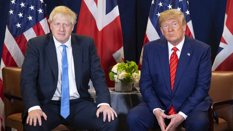 Zleva Boris Johnson a Donald Trump.